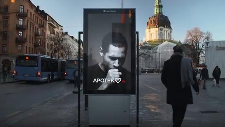Billboardy reagujące na dym papierosowy. Kaszlą, gdy ktoś przy nich zapali