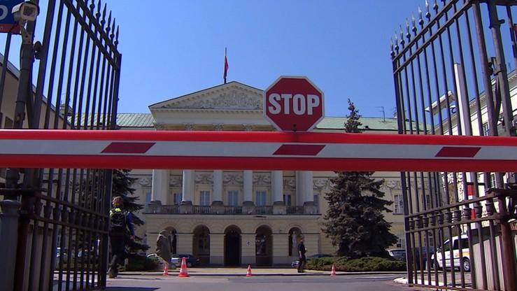 """Samorządowcy PiS inaugurują akcję """"Ratusz Rafała"""". Będą """"prześwietlać"""" otoczenie Trzaskowskiego"""