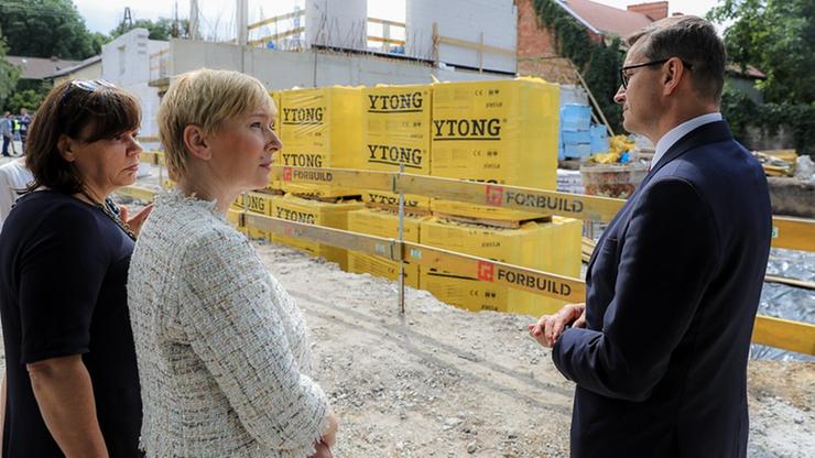 Wrocław. Powstaje Dom Opieki Wyręczającej. Plac budowy odwiedził premier